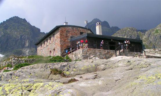 vysokohorske chaty na slovensku V katalogu chaty a chalupy střední slovensko je k dispozici celý tento region včetně podtatranské oblasti zvané liptov je na slovensku pro dovolenou.