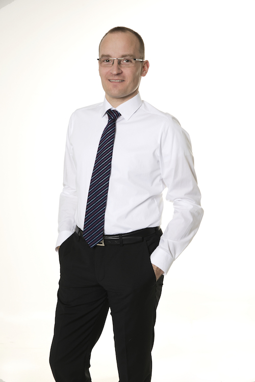 Peter Hollý